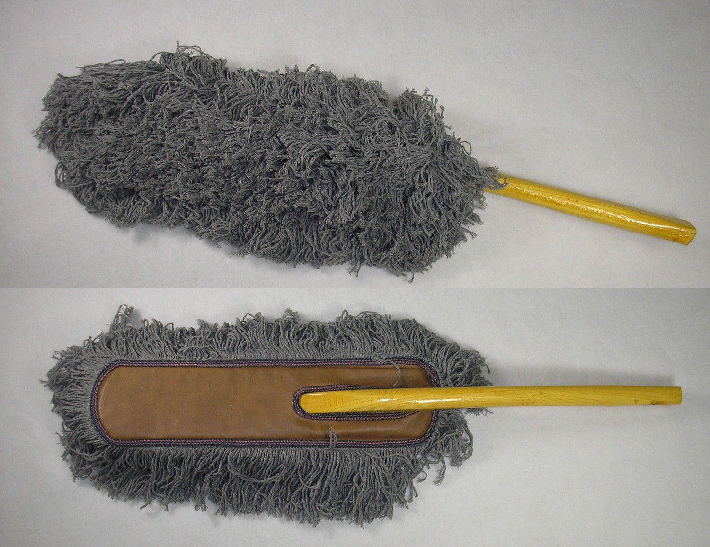 Showroom Car Duster w/Wood Handle